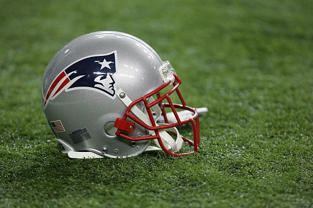 Patriots-Helmet-2