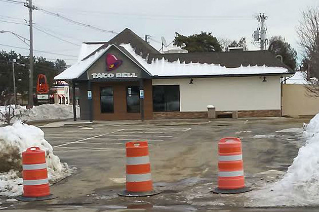 The Taco Bell building on Western Ave looks ready to go, but has not opened yet. Photo by Mike Poulin-Townsquare Media